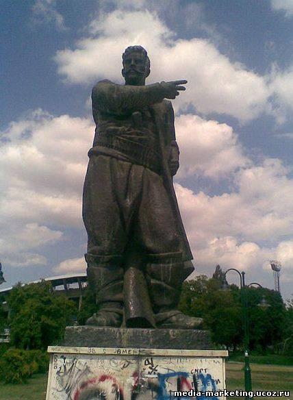 Паметник на гоце делчев в скопие